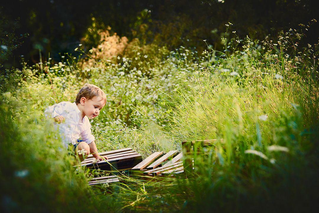 Fotografía-romantica-en-exteriores-niños.