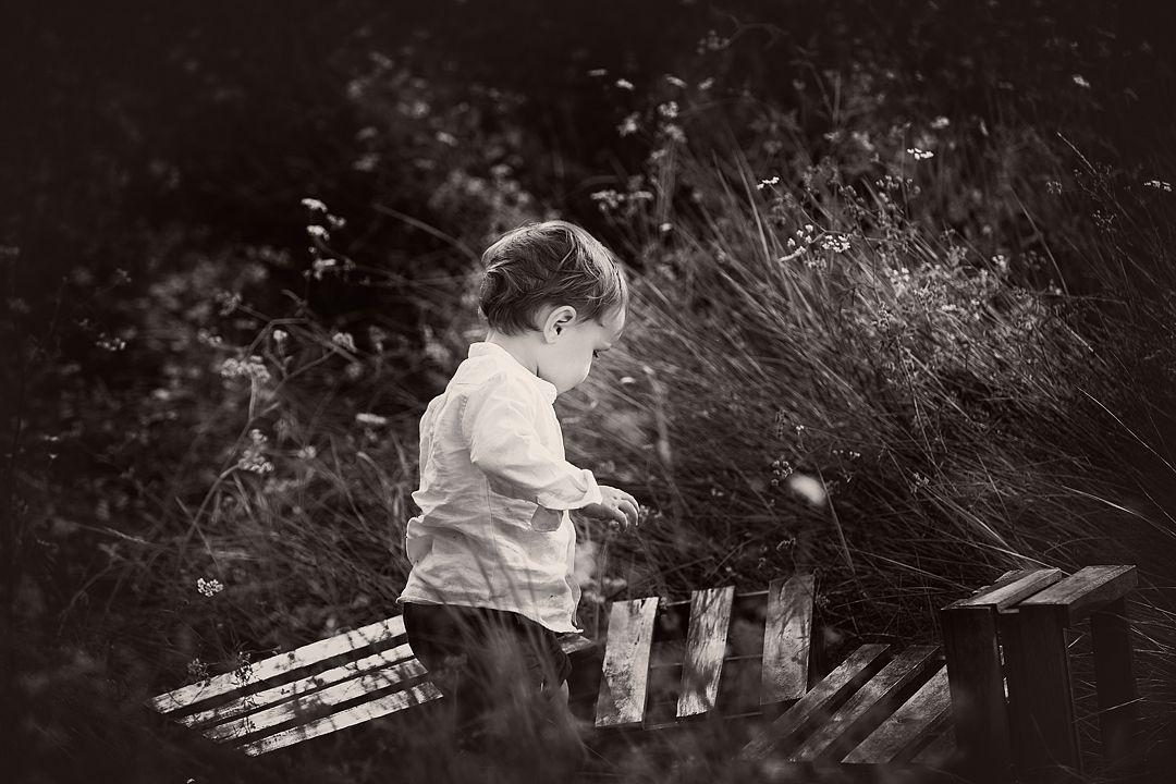 Reportaje-fotográfico-en-blanco-y-negro-en-el-campo.