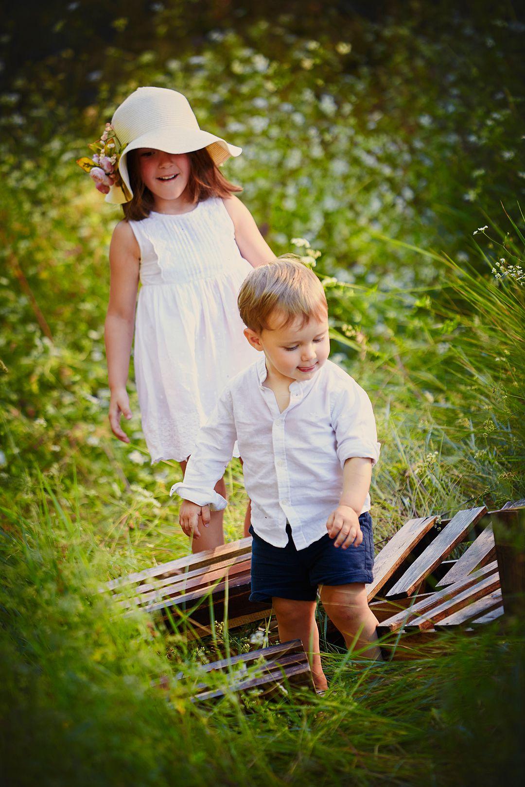 Fotografía-lifestyle-en-exterior-con-niños.