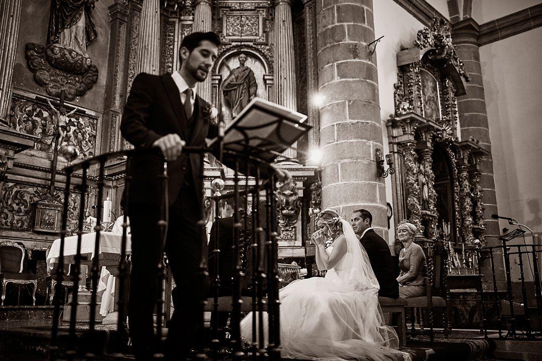foto lectura emotiva boda