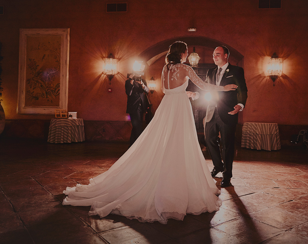 Natural wedding photographer in Madrid