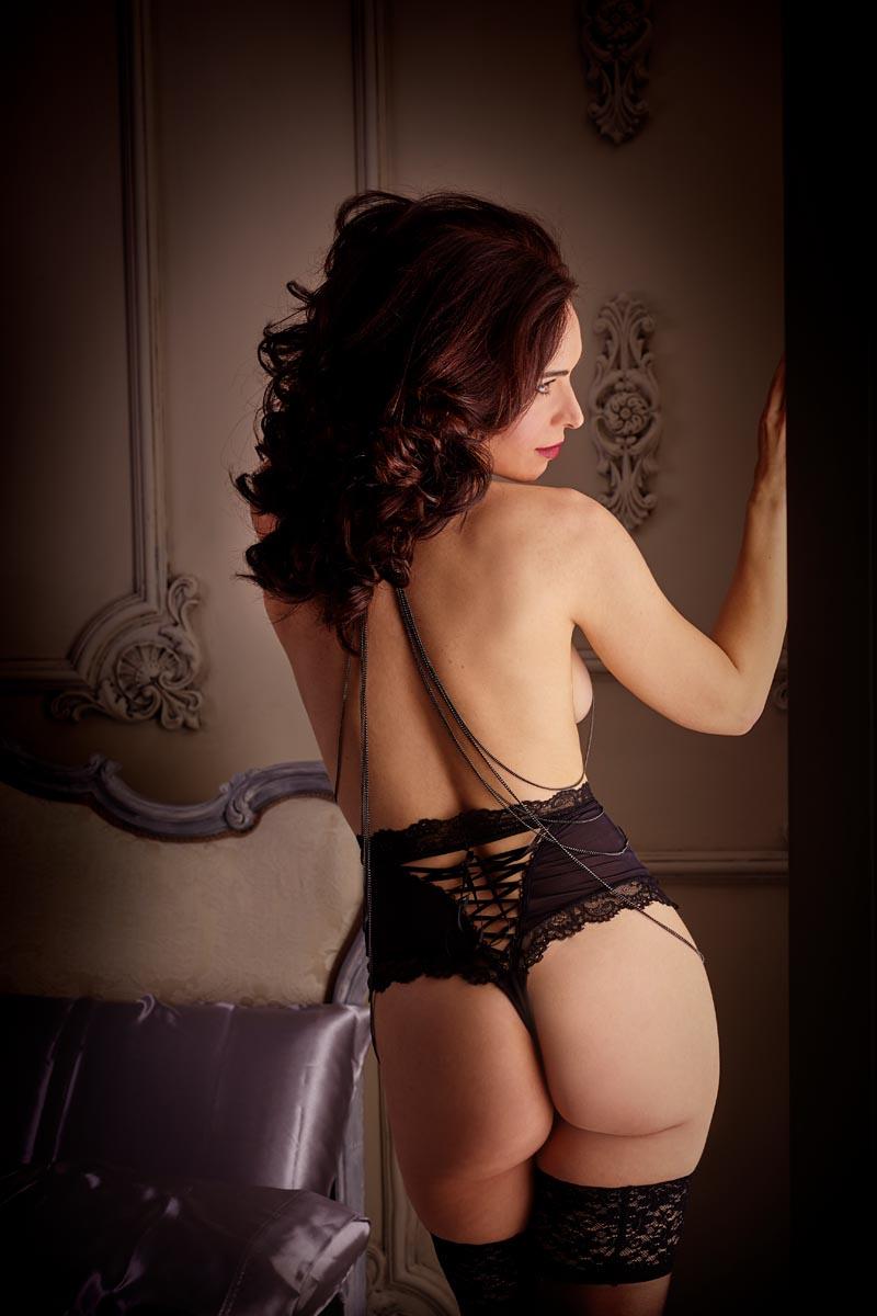 book sensual estudio desnudo elegante Madrid