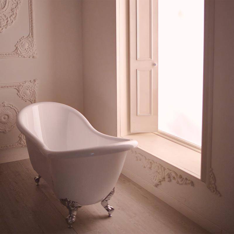 Decorado estilo francés con bañera para Boudoir